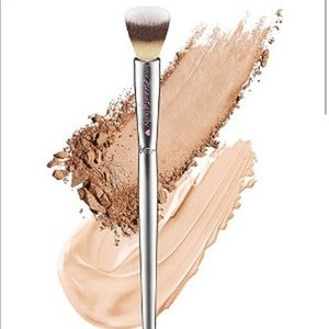 it Blending Concealer Brush